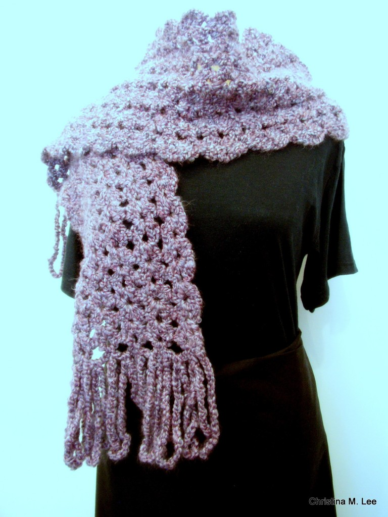 Free Crochet Pattern Scallop Scarf : Double V Shell Scarf with Scalloped Edges, Free Crochet ...
